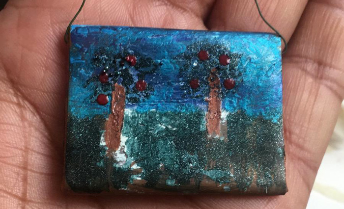 Miniature painting: sustainable craft